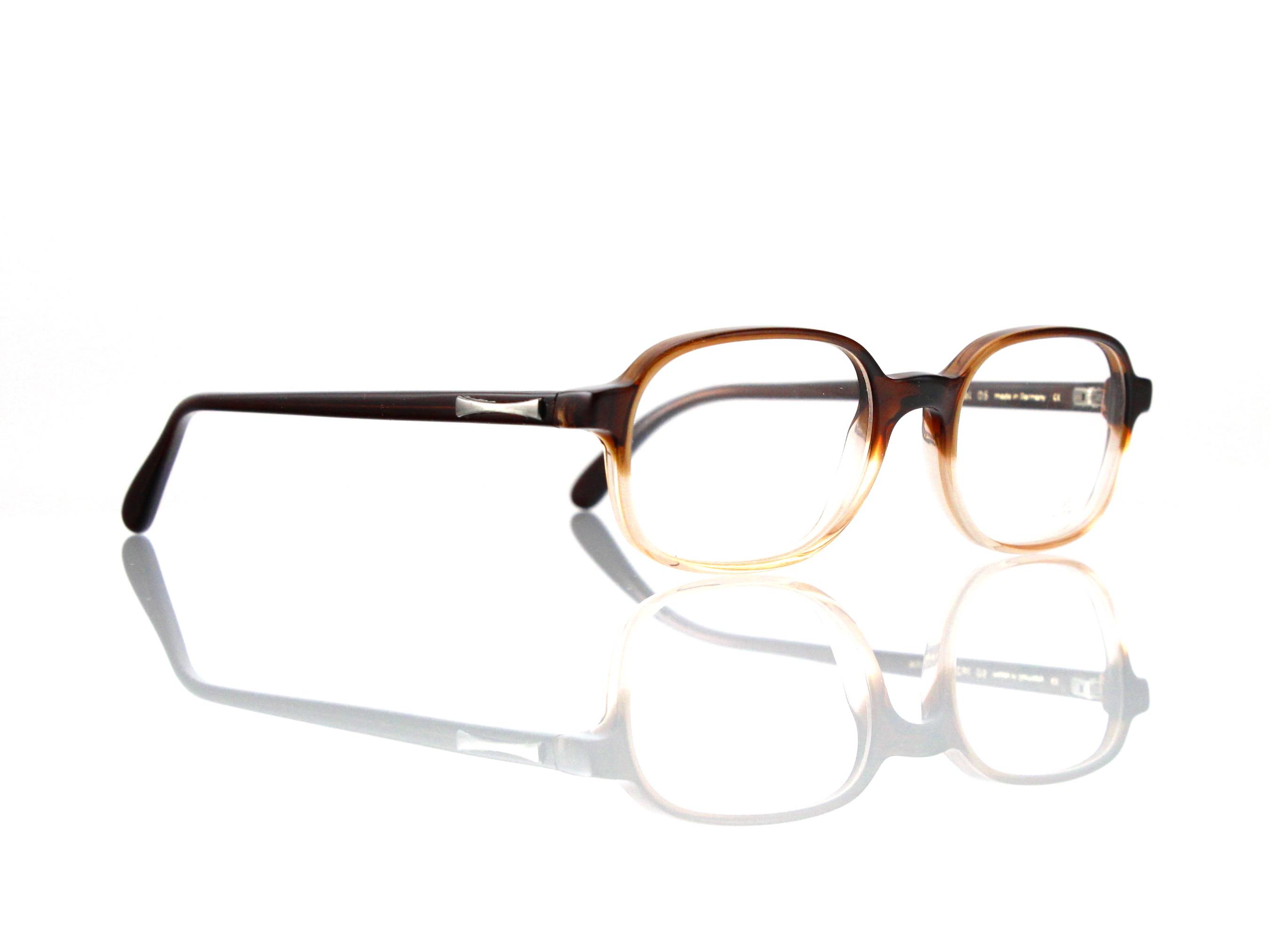 acfcf74bf44 Blickpunkt-Brillen • Online-Shop • Marken • Brillen • Fassungen • Marke •  Hersteller • Lunor • Kollektion • Linie • Lunor Eyewear • Kollektion •  Linie ...